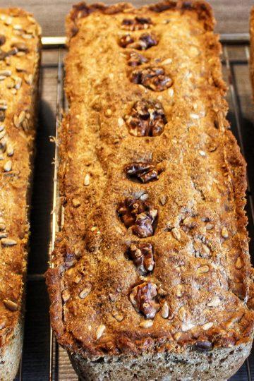 Brot, Vollkornbrot, Nüsse